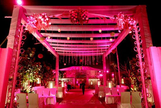 Thunderous Sounds Asian Dj Birmingham Djs In Wedding Female